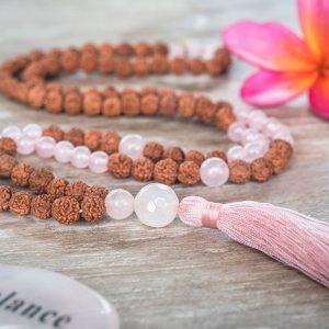rose-quartz-rudraksha
